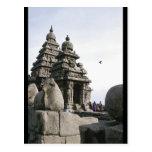 Templo de la orilla tarjetas postales