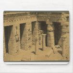 Templo de Ramses III. Egipto circa 1870 Alfombrilla De Ratones