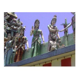 Templo hindú, caballo y carriageigures en el tejad tarjeta postal