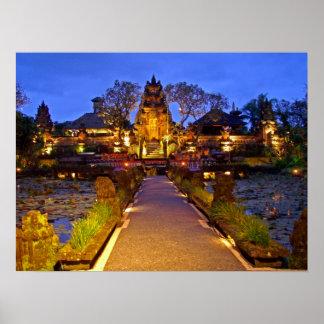 Templo lleno Ubud Bali de Lotus del café del poste Póster