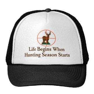 Temporada de caza gorros bordados