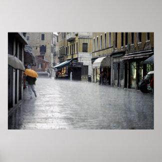 Temporal de lluvia en Venecia, Italia Posters