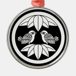 Ten bamboo leaves & facing sparrows in circle metal ornament