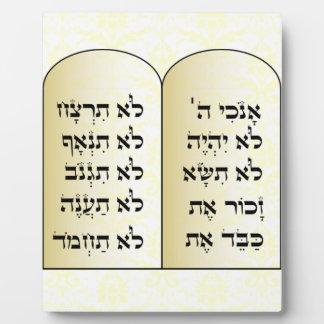 Ten commandments plaque