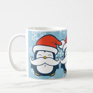 Tendencia del bigote del pingüino del navidad tazas de café