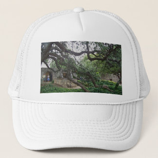 Tendril Tree at the Alamo, San Antonio, Texas Trucker Hat
