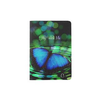 Tenedor azul del pasaporte del monograma de la porta pasaporte