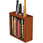 Tenedor colorido del lápiz de los libros