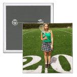 Tenencia del jugador del lacrosse de la High Schoo Pin