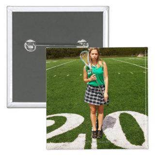 Tenencia del jugador del lacrosse de la High Schoo Pin Cuadrada 5 Cm