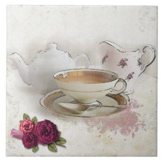 Tener una teja del té de Cuppa