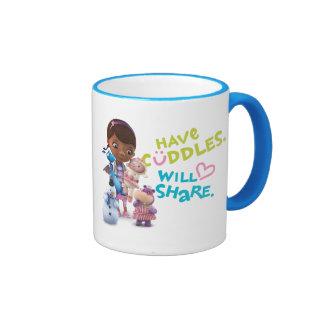 Tenga abrazos compartirá taza de dos colores