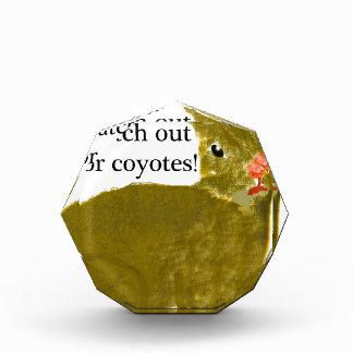 Tenga cuidado para los coyotes