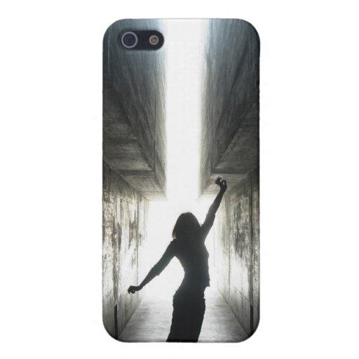 Tenga fe - poder de las mujeres iPhone 5 protectores