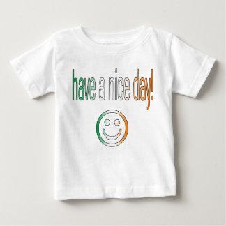 ¡Tenga Niza un día! Colores de la bandera de Camiseta