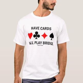 Tenga tarjetas jugará el puente (el humor del playera
