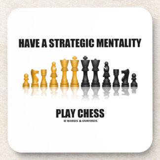 Tenga un ajedrez estratégico del juego de la posavasos