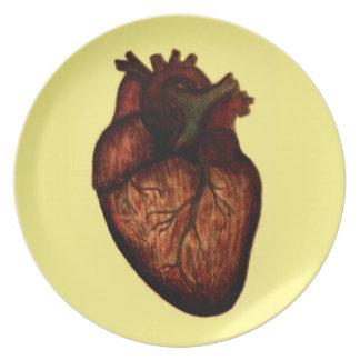Tenga un corazón plato de cena