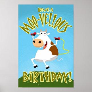 Tenga un cumpleaños MOO-Vellous Póster