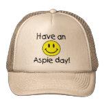 Tenga un día de Aspie (el smiley) Gorro De Camionero