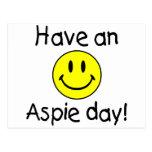 Tenga un día de Aspie (el smiley) Tarjeta Postal