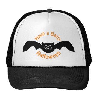 Tenga un gorra extravagantemente de Halloween