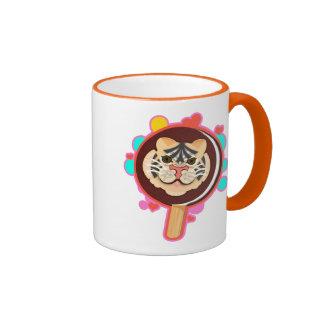 Tenga un helado violentamente fresco del tigre del taza a dos colores