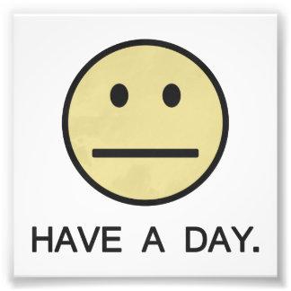 Tenga una cara del smiley del día cojinete