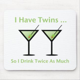 Tengo gemelos así que bebo dos veces tanto tapete de ratones