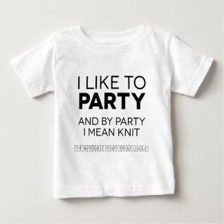 tengo gusto de ir de fiesta remera