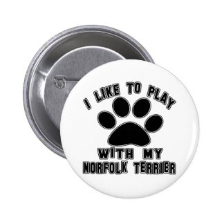 Tengo gusto de jugar con mi terrier de Norfolk Pin