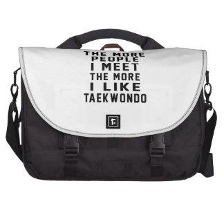 Tengo gusto del más Taekwondo Bolsas De Ordenador