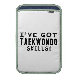 Tengo las habilidades del Taekwondo Fundas MacBook