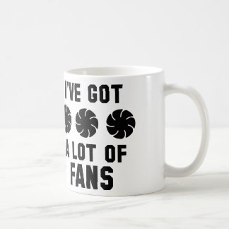 Tengo muchas fans taza básica blanca