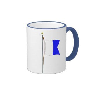 Tengo un buceador abajo; guarde claro bien en desp taza a dos colores
