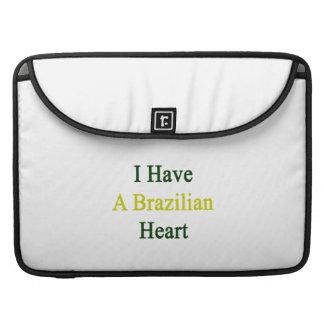 Tengo un corazón brasileño funda para macbook pro