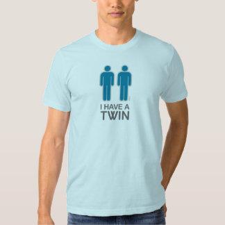 Tengo una camisa gemela (la luz)