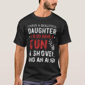 Tengo una hija hermosa y un arma playera