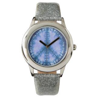 Teñido anudado del signo de la paz relojes de mano