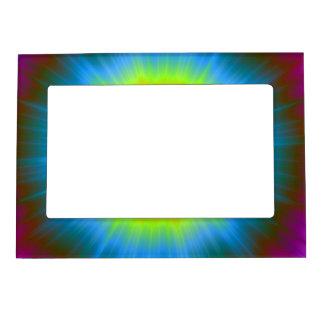 Teñido anudado en marco amarillo rosado azul foto de imanes