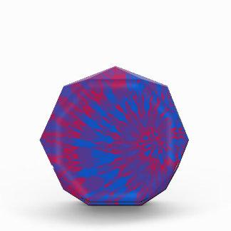 Teñido anudado espiral azul y rojo brillante