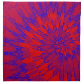 Teñido anudado espiral rojo y azul brillante servilletas imprimidas