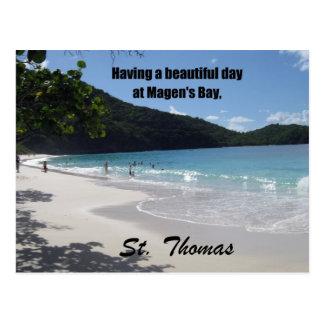 Teniendo un día hermoso en la bahía de Magen… Tarjetas Postales