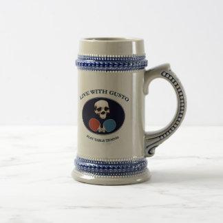 Tenis de mesa del entusiasmo del cráneo del pirata taza de café