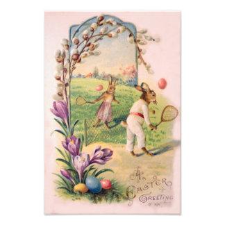 Tenis pintado coloreado del huevo del conejito de  fotografías
