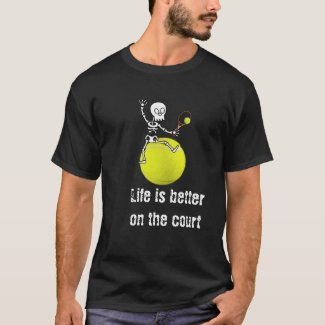 Tennis Halloween with skeleton play tennis  T-Shir T-Shirt