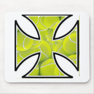 Tennis loves Iron Cross Mouse Pad