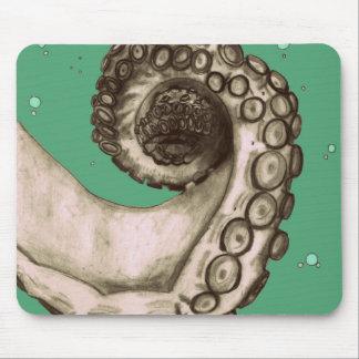Tentáculo náutico verde del pulpo del vintage alfombrillas de ratón