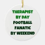 Terapeuta del fanático del fútbol del día por fin  ornato