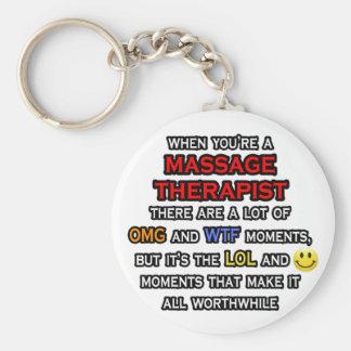 Terapeuta divertido… OMG WTF LOL del masaje Llavero Redondo Tipo Pin